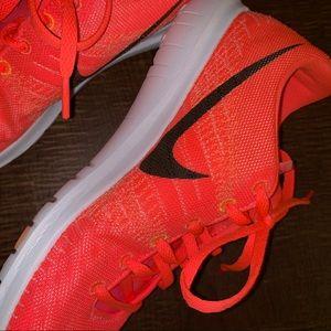 Nike// Flex Fury